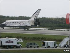 US space shuttle Discovery lands at Kennedy Space Center, Florida, on 28 March 2009
