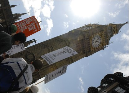 G20 protesters at Big Ben