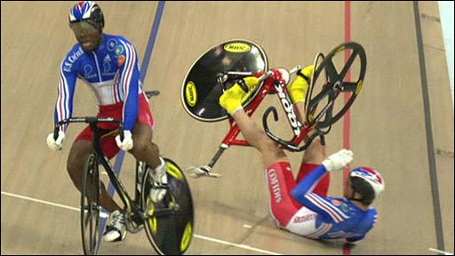 France's Gregory Bauge and Kevin Sireau clash