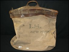 Millvina's bag sold at Titanic auction