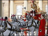 Carroza en la que se trasladaron el presidente de México y la Reina Isabel II