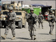 US soldiers on patrol in Kabul on 15 March 2009