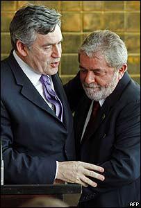 El primer ministro brit�nico, Gordon Brown y el presidente brasile�o, Lula da Silva