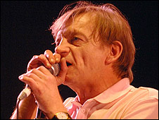Mark E Smith
