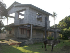 Ruined villa in Kep