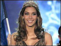 """Победительница конкурса """"Мисс Вселенная-2008"""""""
