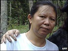 Filipina hostage, Mary Jean Lacaba on Jolo island, Philippines (28 Jan 2009)