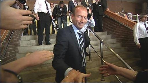 Alan Shearer meets Newcastle fans