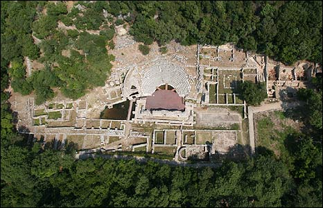 Sanctuary and theatre (pic: Butrint Foundation)