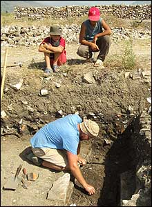Excavations on Vrina Plain (pic: Butrint Foundation)