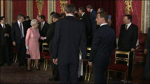The Queen reprimands Silvio Berlusconi