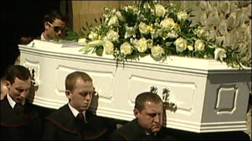Jade Goody's coffin is carried out of church