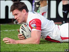 Matt Gidley scores for St Helens against Leeds on Sunday