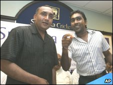 Mr Khalil with ex-captain Mahela Jayawardene