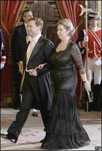 Президент России Дмитрий Медведев и его жена Светлана на приеме у королевы Великобритании