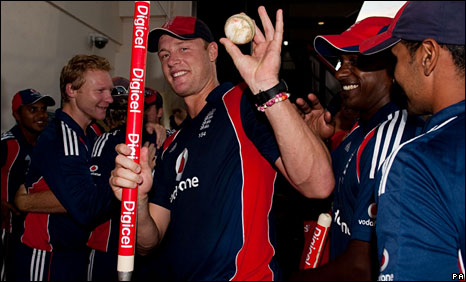 Andrew Flintoff celebrates after England's ODI series win