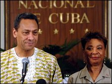 US Democrat congresspersons Mel Watt, left, and Barbara Lee speak at the National Hotel in Havana, Cuba, 6 April 2009