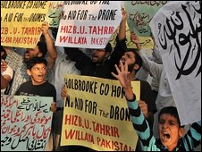 Anti-Holbrooke protest in Lahore