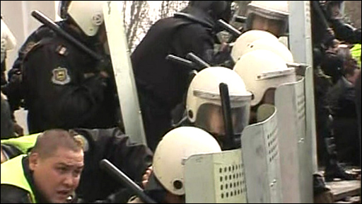 Moldova's security forces defend parliament
