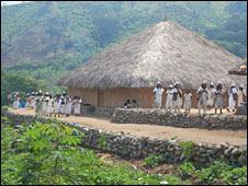 Villagers await President Uribe's visit