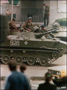 Soviet tanks in Tbilisi, April 1989
