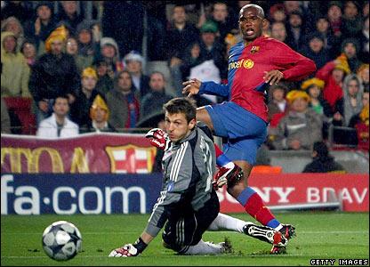Eto'o doubles Barcelona's lead