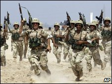 Iraqi army soldiers during training outside Baghdad