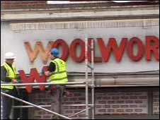 Woolworth's sign removal