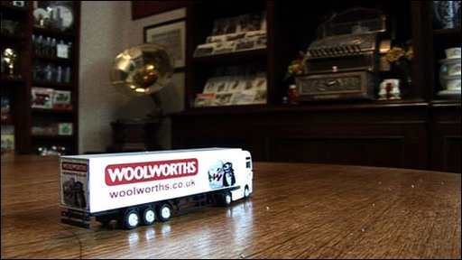Mini Woolworths truck