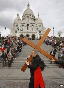 Cardinal Andre Vingt-Trois, Archbishop of Paris, carries a cross outside the Montmartre basilica, Paris, France