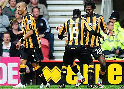 Hull celebrate drawing level