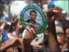 Supporters of ousted President Marc Ravalomanana demonstrate in the capital Antananarivo, 28 March