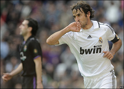 Raul scores Real's opener