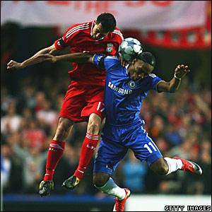 Alvaro Arbeloa, Liverpool; Didier Drogba, Chelsea