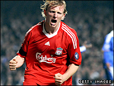 Dirk Kuyt celebrates his 82nd-minute goal