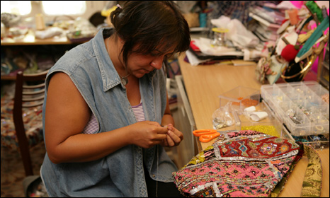 Former prisoner at work in bag workshop (courtesy of Sarah's Bag)