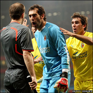 Diego Lopez, Villarreal, protests