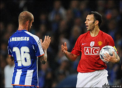 Raul Meireles, Porto; Ryan Giggs, Manchester United