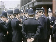 Metropolitan Police officers in the 1980s
