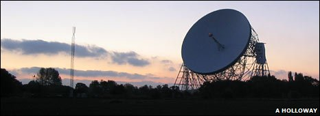 Lovell telescope (Anthony Holloway, Jodrell Bank)