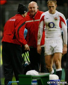 Olly Morgan troops off with an injury for England against Ireland in 2007