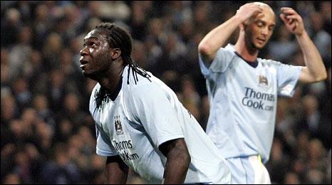 Manchester City's Felipe Caceido and Stephen Ireland