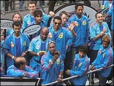 Mumbai Indian cricket team members in Cape Town on 16/4/09