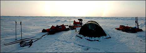 Arctic camp (Martin Hartley)