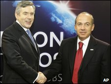 Britain's PM Gordon Brown greets Mexico's President Felipe Calderon at the G20 summit in London, 2 April
