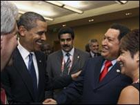 باراك أوباما وهوجو شافيز