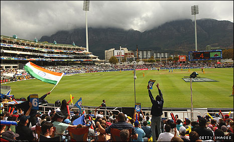 Despite uncertain weather, a big crowd turns up at the Newlands ground to watch the action