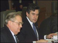 Eddie George and Gordon Brown at G7 meeting in 2000