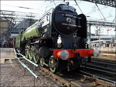 Peppercorn class A1 60163 Tornado at King's Cross, 18 April 2009