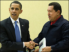 Hugo Chavez presents Barack Obama with a book, 18 April